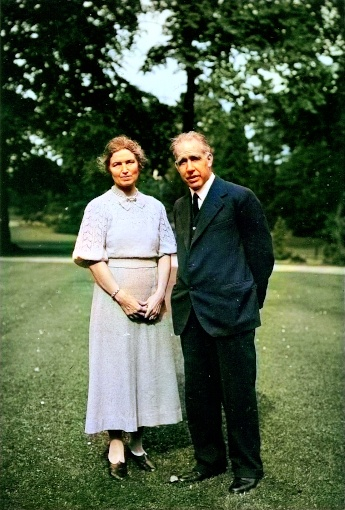 Niels Bohr with his wife